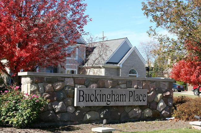 Buckingham Place, Canton MI Entrance