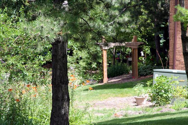 Nature Cove Condos, Ann Arbor Landscaping