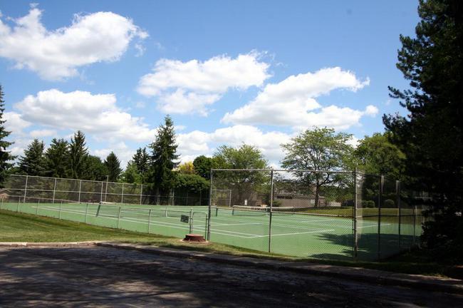 Newport West Condos, Ann Arbor Tennis Courts