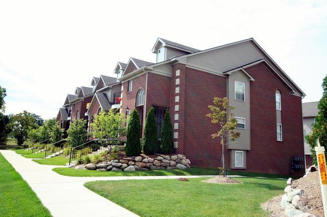 Balmoral Park Condo Building, Ann Arbor