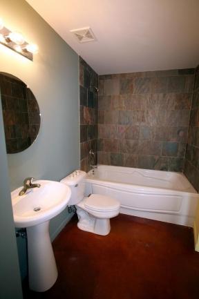 Loft 322 Condos Full Bath