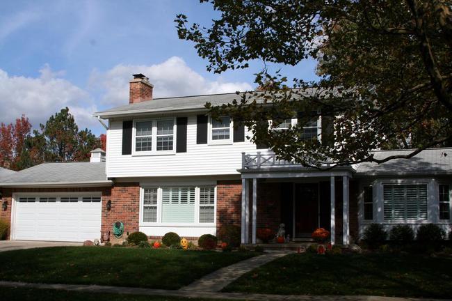 Vernon Downs Subdivision, Ann Arbor Colonial