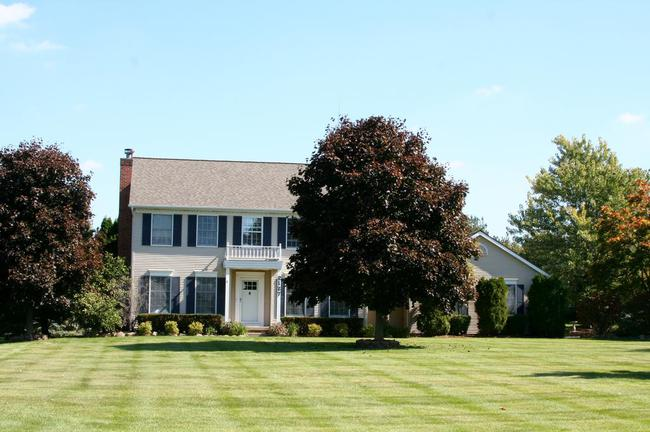Maple Creek Subdivision, Saline MI Stately Home
