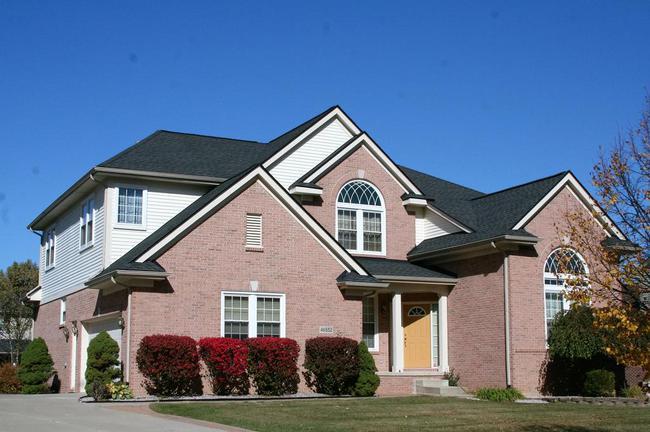 Cobblestone Ridge, Canton Neighborhood Home